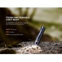 E09R Mini Linterna EDC recargable de alta potencia 600 lúmenes (Batería incluida)